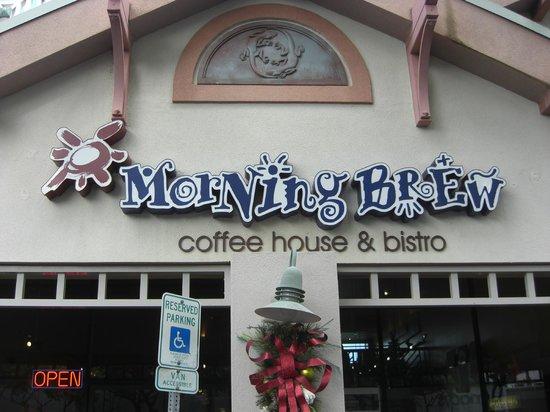 Morning Brew: 店舗正面