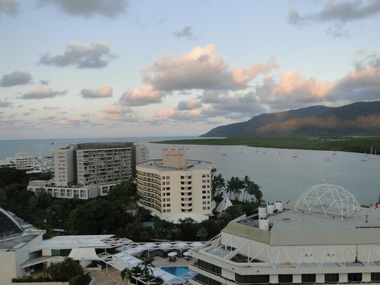 Pullman Cairns International : view from 16th floor