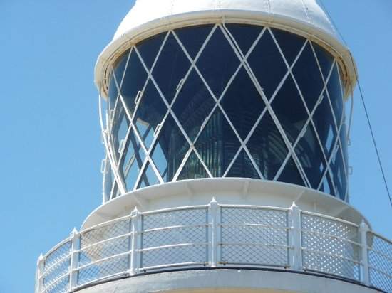 Cape Naturaliste Lighthouse: The 4 tonne multi-prismed lens of Cape Naturalise light