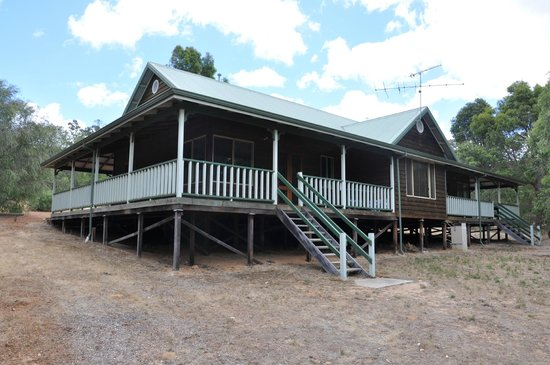 Yallingup Forest Resort: Chalet 6b