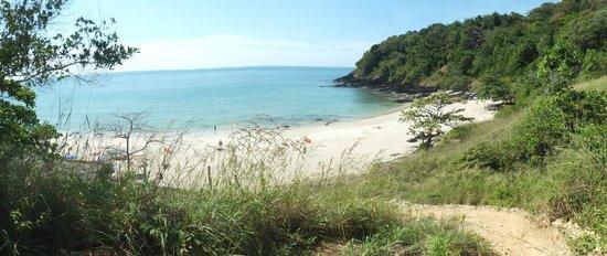 Nui Beach (Haad Nui) : overview nui bay