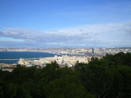 Petit Train Marseille: depuis l'esplanade Notre Dame de la Garde