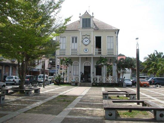 Saint Pierre Du Mont Ville Sympa