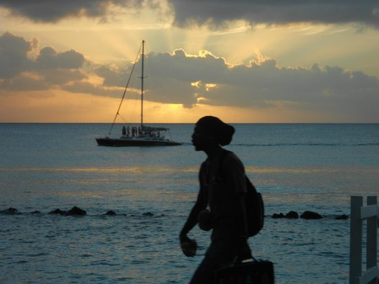 The Club, Barbados Resort and Spa: Fab sunsets