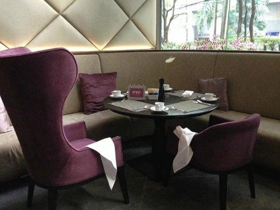 Hansar Bangkok Hotel: Eve