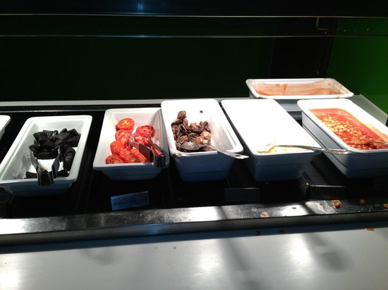 Holiday Inn London Bloomsbury : delicious breakfast and fresh
