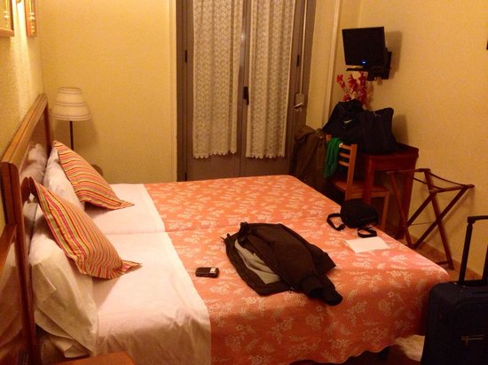 Hostal San Lorenzo : Room