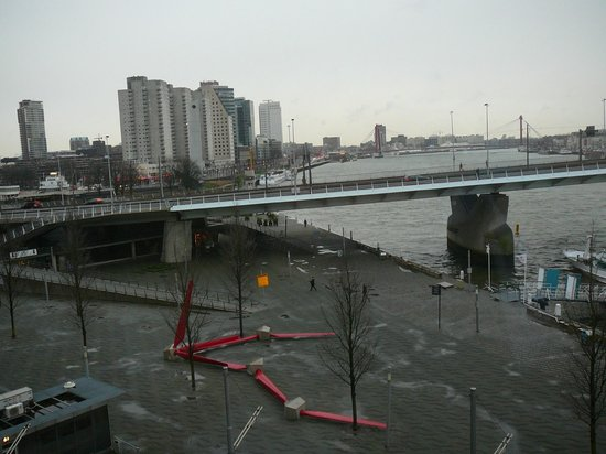 Thon Hotel Rotterdam: De Maasboulevard