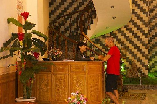 Homestay Hoa Mau Don : RECEPTION
