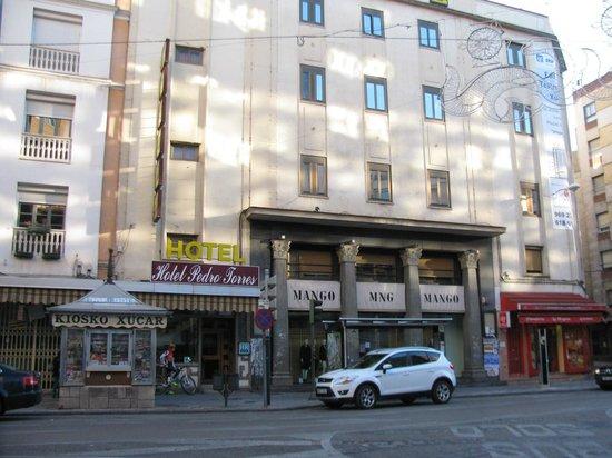 Hotel Pedro Torres : veduta esterna