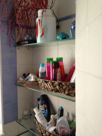 Latomare: Bathroom