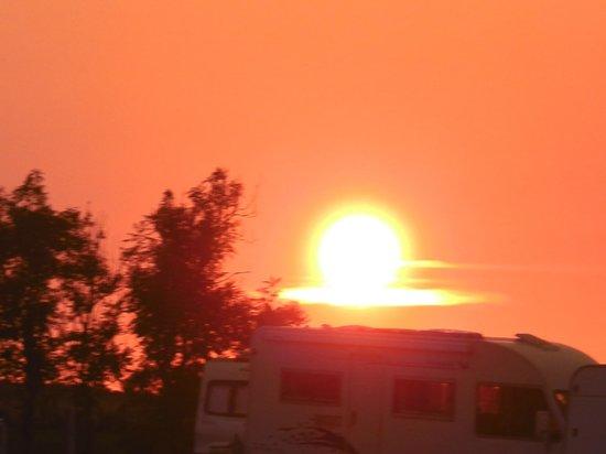 Atlantic Bays Holiday Park: Sunset over Atlantic bays