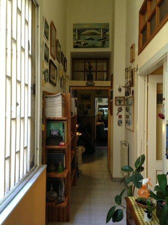 Latomare: Hallway