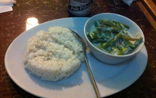 Brujita Bar and Restaurant: Vegetarian bicol express