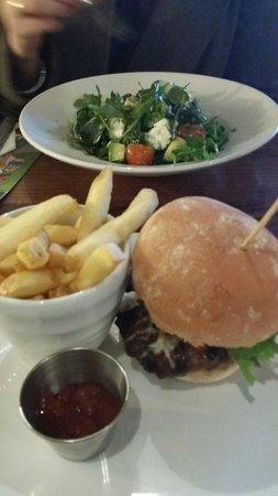 Giraffe - Milton Keynes: Good burger and salad