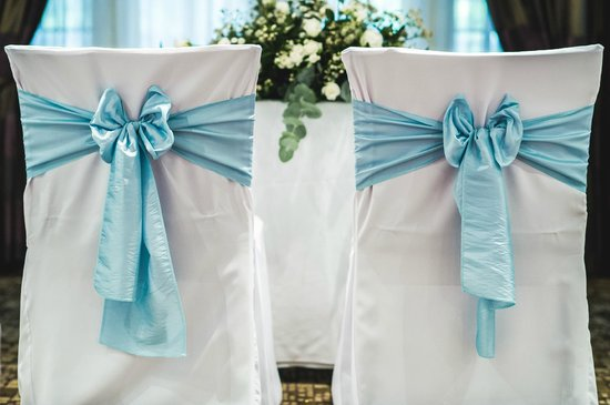 The Stanneylands: Wedding Ceremony decor