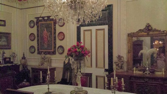 Antebellum Guest House: Dining Room