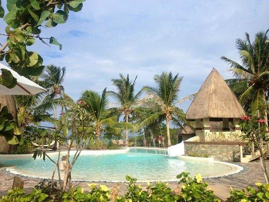Two Seasons Coron Island Resort & Spa: Pool