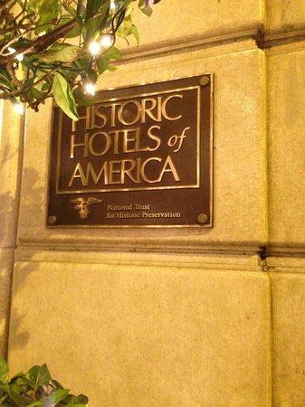 Mayflower Park Hotel: 歴史ある建物だそうです。