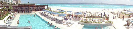 Secrets The Vine Cancun: View to the beach