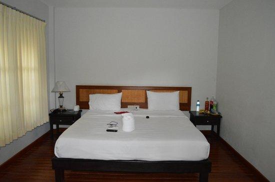 Marina Beach Resort: Бунгало внутри