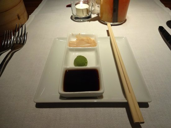 Restaurant Bam Bou by Thomas: Condiments for the sushi