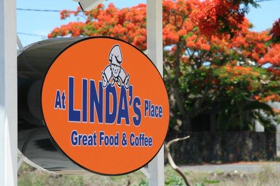At Linda's Place : Linda's Place