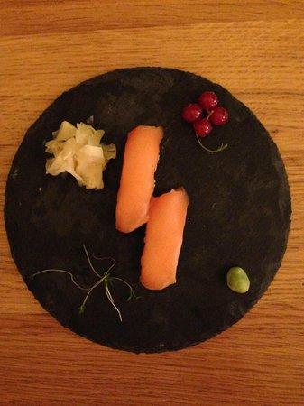 Shoya : Sushi al salmone