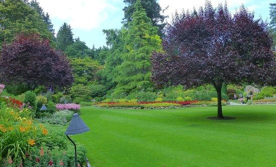 Butchart Gardens : B. Garden