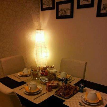 Bed and Breakfast Casa Aragonese : Sala colazione