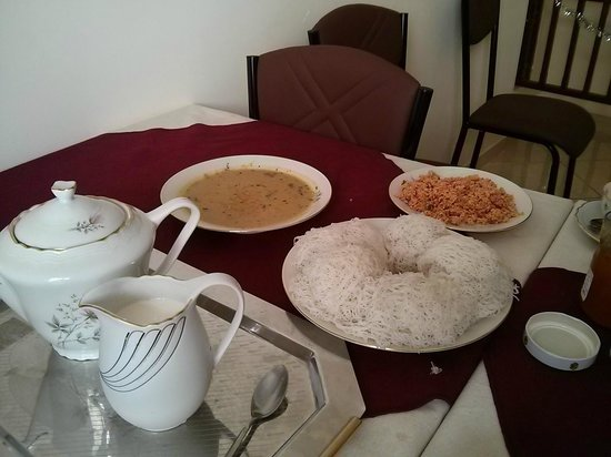 Fort Thari Inn : Breakfast-sri lanka style