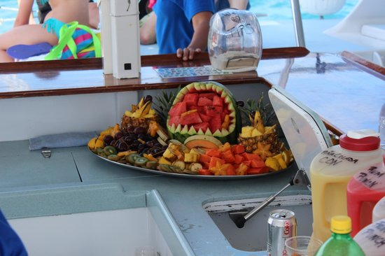 East Island Excursions: Fruit buffet