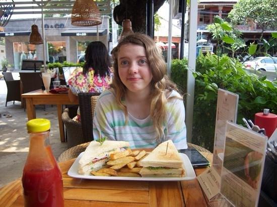 Bali Sanur Beach Villas : Great food close by