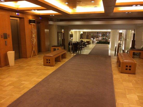 Hesperia Madrid: Lobby 3