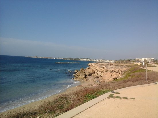 Louis Phaethon Beach: view from the rear of hotel pathway leading into paphos