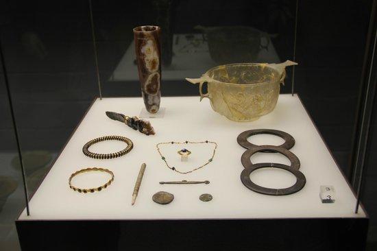 Roman-German Museum (Romisch-Germanisches Museum): Collection (1)