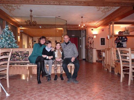 Hotel Alba: Sala bar