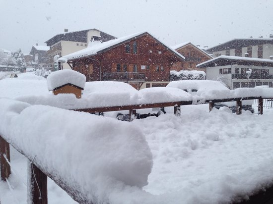 Chamois D'Or Hotel & Spa : And still it snows