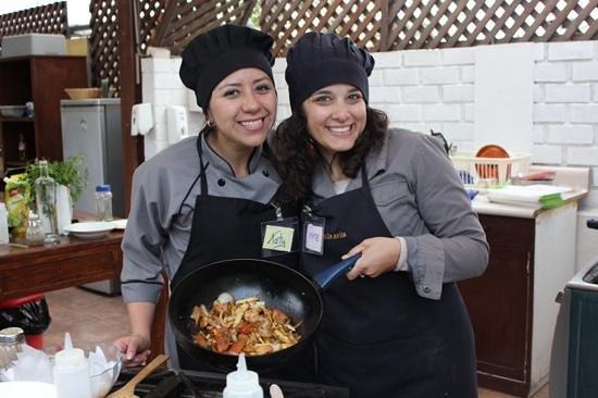 Peruvian Cooking Experience: pollo salteado