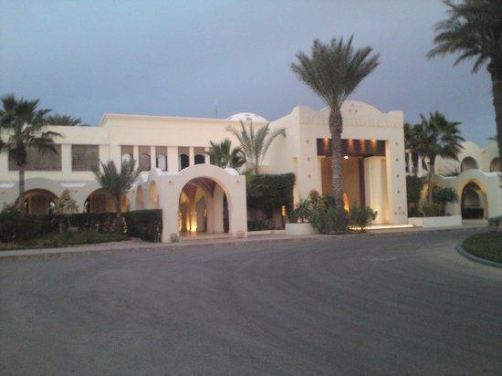 SENTIDO Djerba Beach: Vorderansicht des Hotels