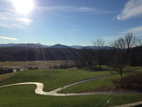 The Inn on Biltmore Estate : Views from the bar patio