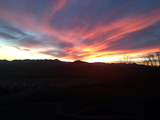 The Inn on Biltmore Estate : Sunset from patio in December