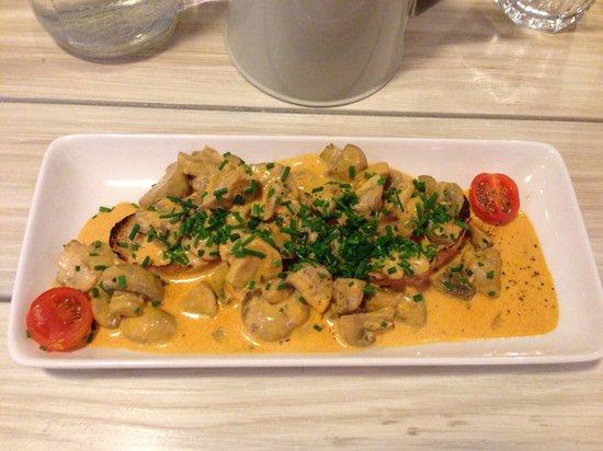 Ridgeway Bar & Kitchen: The Garlic mushroom starter
