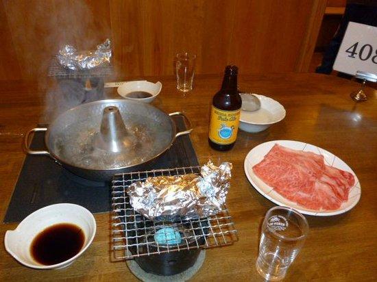 Shiga Kiraku Hotel: しゃぶしゃぶと地ビール