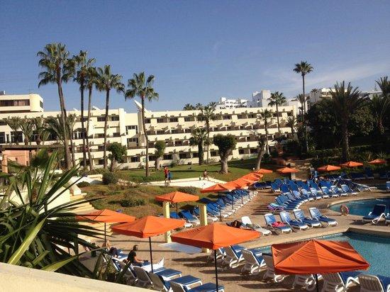 Club Marmara Agadir: l'hotel vu de la piscine