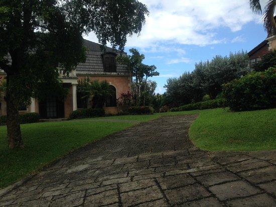 The Villas at Stonehaven: steep walkways