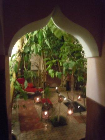 Riad Jenai: le patio merveilleux