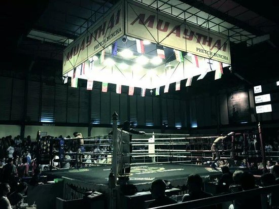 Chaweng Boxing Stadium : incredible moment