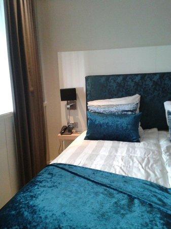 Van der Valk Hotel Leiden: Sparzimmer Souterrain