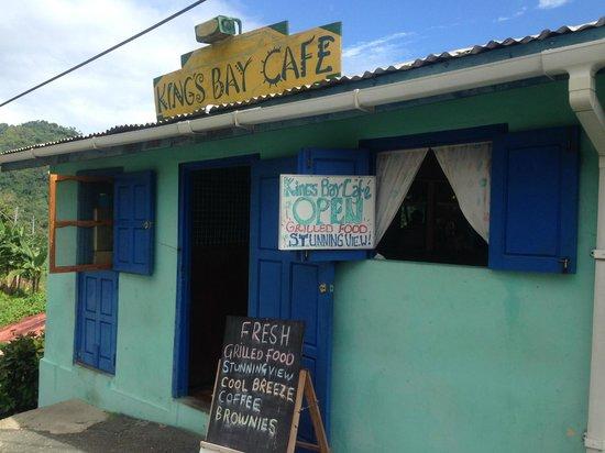 King's Bay Cafe: entrance